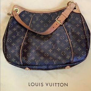 Louis Vuitton Galliera PM Bag